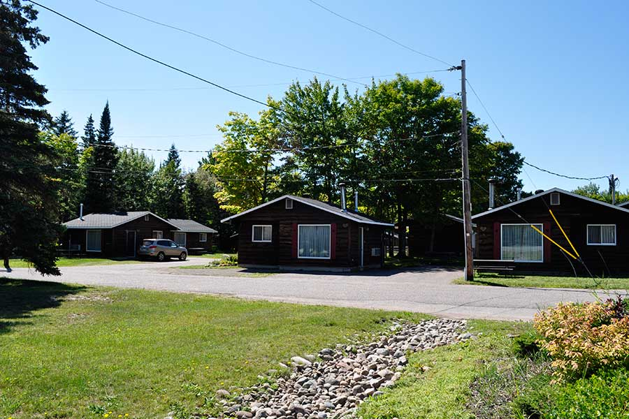 One bedroom cottages glenview cottages sault ste marie for 5 bedroom cottages